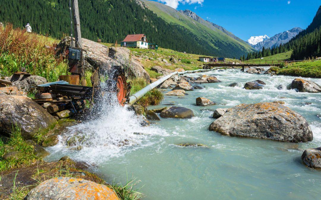 Mini impianti idroelettrici, vantaggi per imprese e ambiente