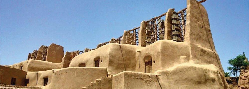 Mulino persiano di 1000 anni funzionante a Nashtifan